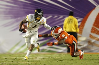 2012_Discover_Orange_Bowl_Game_-_Joel_Auerbach_114