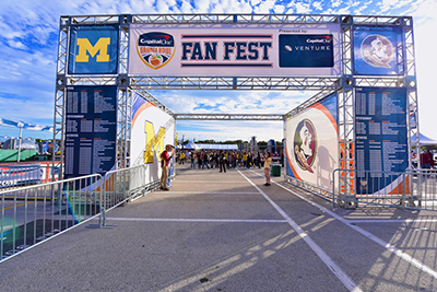 400x267_GroupsandHospitality_PrivateTailgate_3